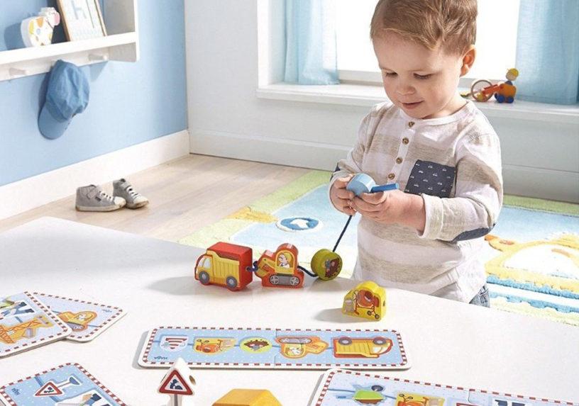Die besten Fädelspiele um motorische Fähigkeiten der Kids fördern