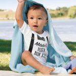 Lustige Babykleidung: Die besten Baby Bodys mit lustigen Motiven